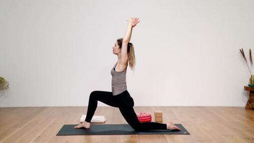 Video thumbnail for: Vinyasa yoga for beginners, part 2: Sun Salutations