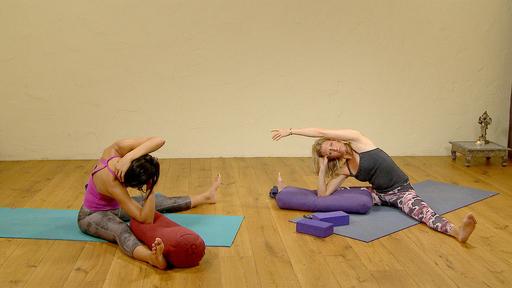 Video thumbnail for: Floor yoga: Yin / Restorative / Healthy back
