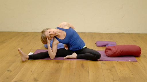 Video thumbnail for: Stimulating the lower belly and opening hips