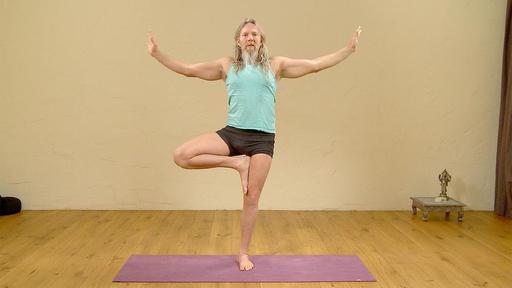 Video thumbnail for: Wake up morning yoga