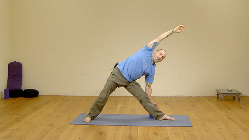 Video thumbnail for: Yoga for runners and athletes