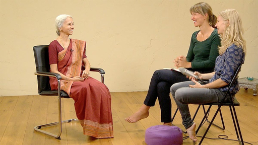 Video thumbnail for: Yoga for women - throughout the life cycle