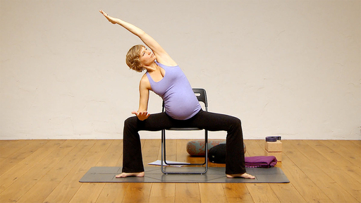 Video thumbnail for: Prenatal flow for women in their third trimester of pregnancy
