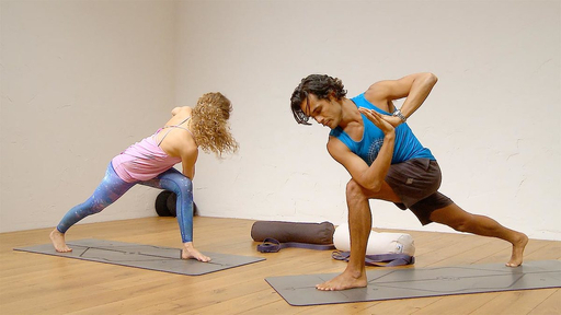 Video thumbnail for: Lengthen legs, open hips - be balanced!