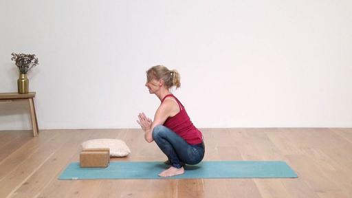 Video thumbnail for: All butt yoga