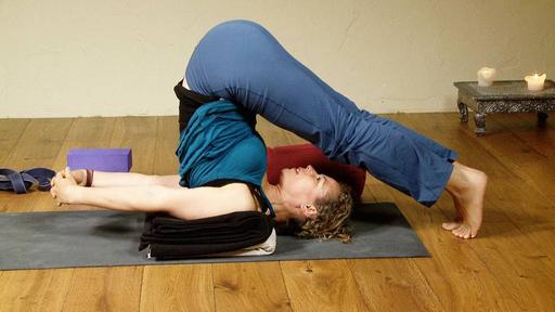 Video thumbnail for: Mini Yoga vacation