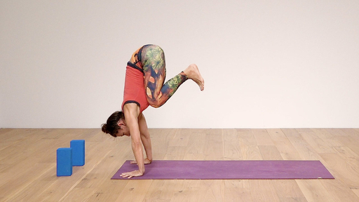 Video thumbnail for: Handstand how-to