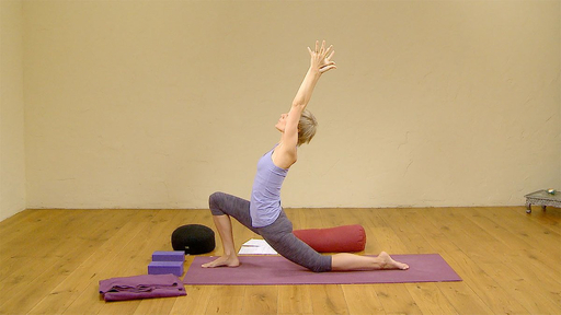 Video thumbnail for: Yoga and Chinese medicine to enhance your fertility