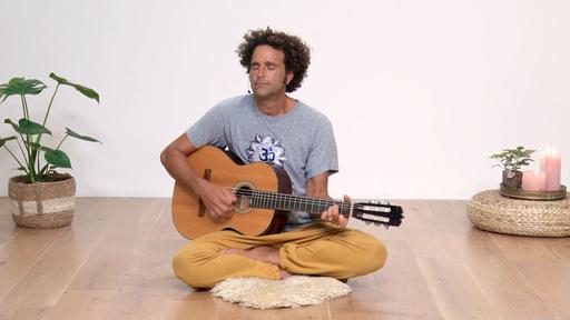 Video thumbnail for: Govinda Narayana Mantra chanting