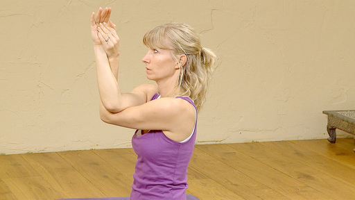 Video thumbnail for: Five yoga tips for office workers