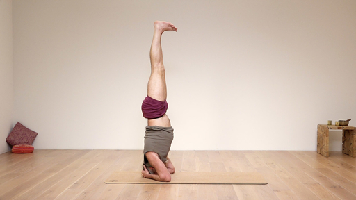 Video thumbnail for: Strengthen and prepare for headstand