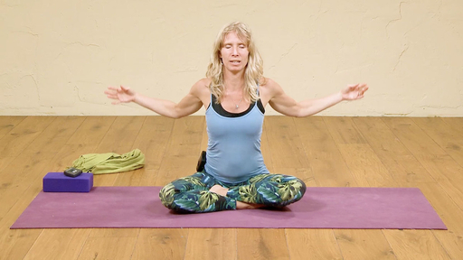 Video thumbnail for: Yoga yourself to a peaceful mind