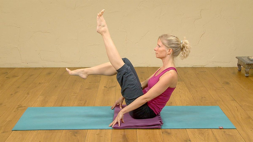 Video thumbnail for: Gentle strengthening of the Core