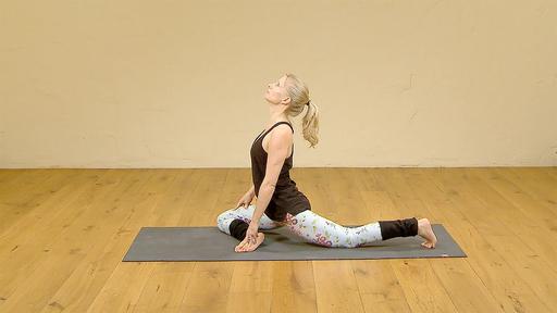 Video thumbnail for: Yoga Flow for menstruation