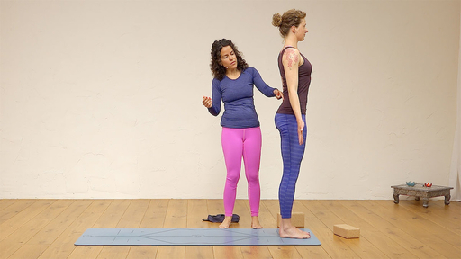 Video thumbnail for: Maintaining the healthy curves in your spine