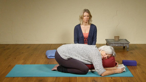 Video thumbnail for: Sleep well with Restorative Yoga