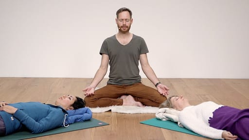 Video thumbnail for: Space and silence through Yoga Nidra