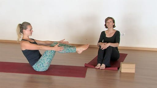 Video thumbnail for: Stretching & releasing the psoas