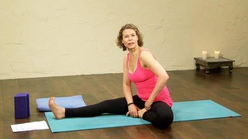 Video thumbnail for: Bend - don't break - hamstring practice