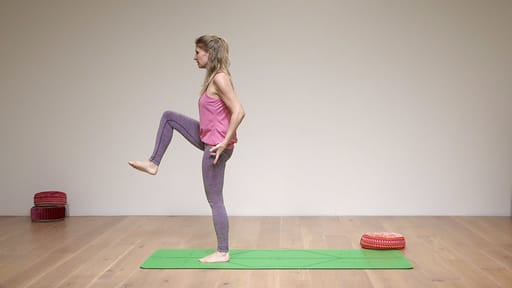 Video thumbnail for: Balance flow - get centered