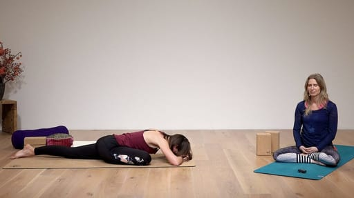 Video thumbnail for: Class 3: Yin yoga - stable as a mountain