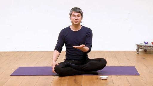 Video thumbnail for: Eating meditation