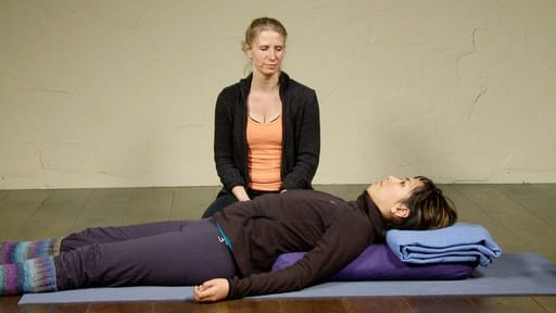 Video thumbnail for: Yoga for head cold