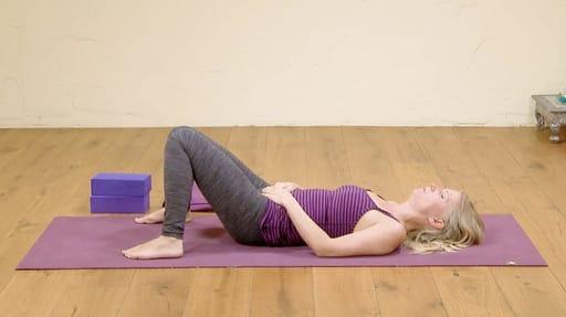 Video thumbnail for: Yoga for better sleep 9