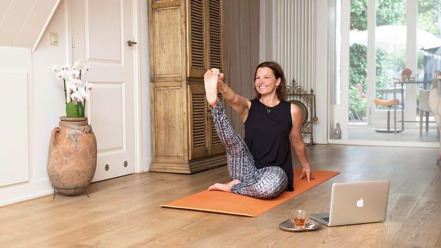 Thumbnail for program: 30 Mornings of Yoga