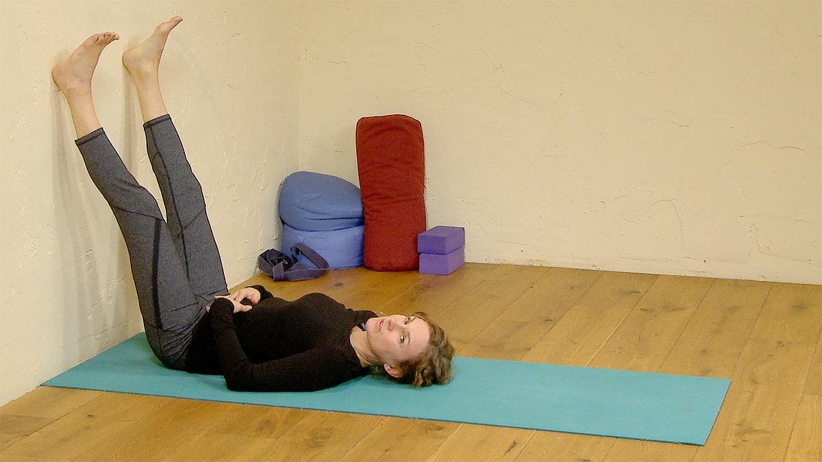 Bedtime yoga for older kids
